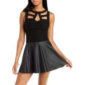 Tops - Cage front crop top